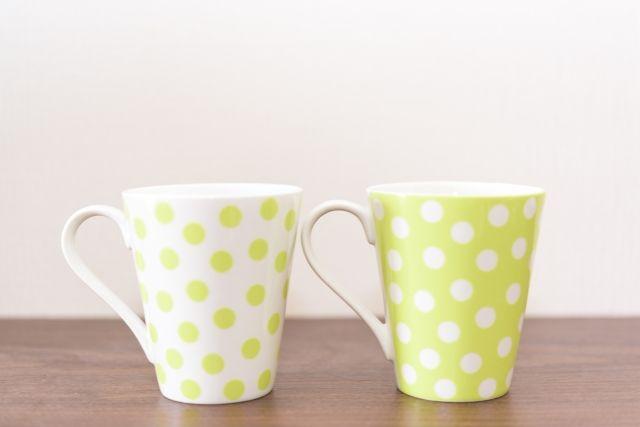 ふたつの水玉模様のオリジナルマグカップ